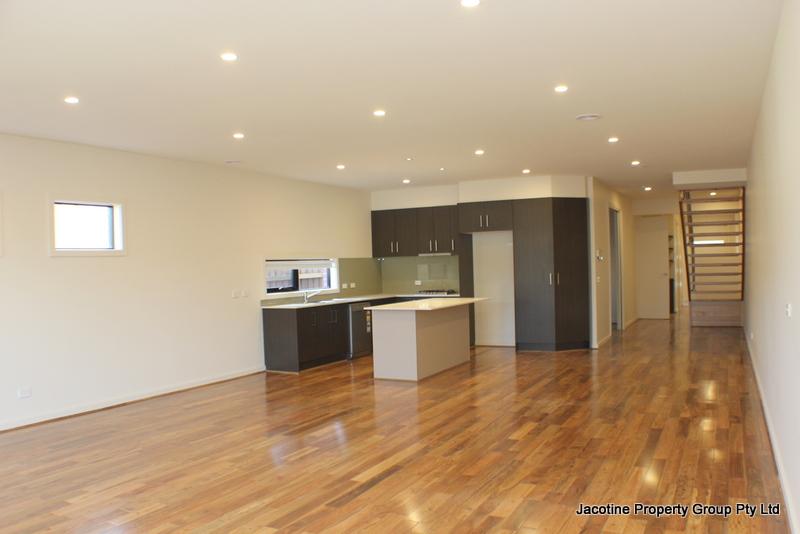 38B Elimatta Road, Carnegie